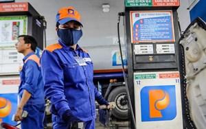 Giá xăng tăng thêm gần 900 đồng/lít từ 15h