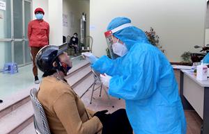 Quảng Ninh: Toàn dân khai báo sức khoẻ, ngừng các cuộc họp không cần thiết