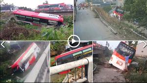 [VIDEO] Ô tô khách lao xuống kênh, nhiều người thoát chết