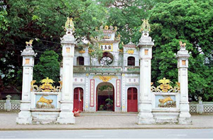 Truyền thống dâng hương Tứ trấn Thăng Long ngày đầu Xuân