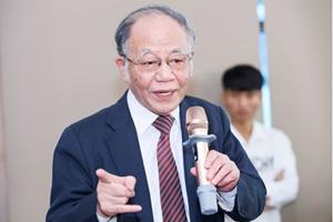 Giáo sư Hoàng Chí Bảo: Tuyên truyền đây là 'thời mạt' là không thể chấp nhận, phải xử lý