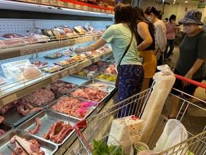 Hà Nội: Sức mua sắm tăng nhẹ, siêu thị huy động thêm nhân lực trong ngày đầu giãn cách