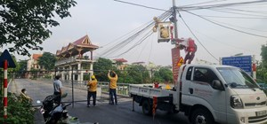 Hà Nội: Người dân không di chuyển qua các cầu có chốt cứng rào chắn