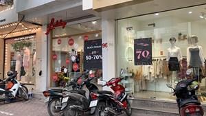 Blackfriday: Nhiều cửa hàng ảm đạm, chỉ có ít nơi thu hút được lượng khách lớn