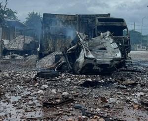 [VIDEO] Nổ xe chở pháo lậu ở biên giới Việt - Lào, nhiều người thương vong