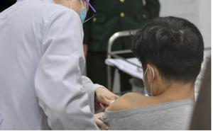 Sức khoẻ 3 tình nguyện viên tiêm thử nghiệm vaccine Covid-19 như thế nào ?