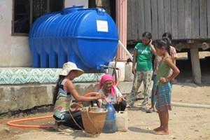 Trao tặng dụng cụ sinh hoạt cho người dân các tỉnh Tây Nguyên