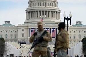 Điện Capitol Mỹ bị phong tỏa vì đám cháy từ khu dân cư