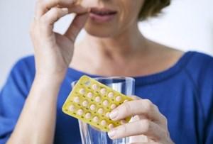 Khi nào thì dùng thuốc trị loãng xương?