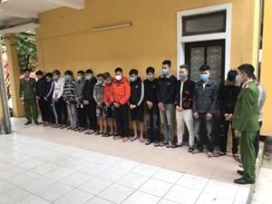 Thừa Thiên-Huế: Bắt giữ nhóm đối tượng sử dụng mạng viễn thông để chiếm đoạt tài sản