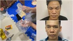 Hà Nội: Triệt phá đường dây dùng taxi bán lẻ ma túy