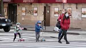Mỹ: Hơn 4 triệu trẻ em dương tính với virus SARS-CoV-2
