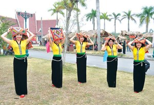 'Sắc màu Sơn La - Tây Bắc' tại Hà Nội