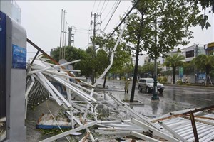 [Infographic] Những con số về thiệt hại tại miền Trung sau cơn bão số 9