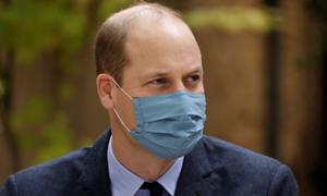 Hoàng tử William âm thầm điều trị Covid-19