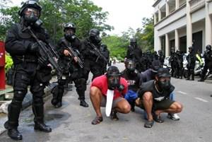 Indonesia bắt giữ nhiều đối tượng tình nghi khủng bố