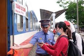 Đường sắt Sài Gòn giảm giá 8.000 vé tàu