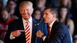 Ông Trump ân xá cho cựu cố vấn an ninh quốc gia