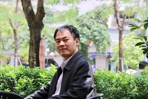 Dí dỏm thơ Trần Hưng
