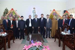 BẢN TIN MẶT TRẬN: Chủ tịch Trần Thanh Mẫn chúc mừng đồng bào Công giáo