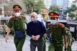 Ngày thứ hai xét xử sai phạm thu phí cao tốc TP HCM - Trung Lương: Đinh Ngọc Hệ than 'bị lỗ'