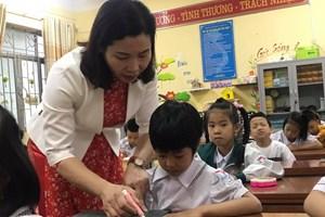 Cô giáo 20 năm đi dạy, thưởng Tết được 300.000 đồng