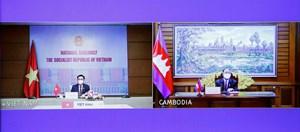 Việt Nam- Campuchia ủng hộ tạo thuận lợi đầu tư, thương mại giữa hai nước