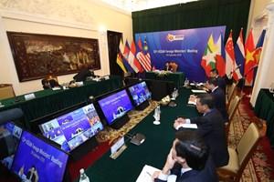 Thủ tướng: Biển Đông nhiều biến động ảnh hưởng tới hòa bình, ổn định