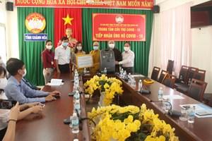 Mặt trận Khánh Hòa tiếp nhận ủng hộ công tác phòng, chống dịch bệnh Covid-19