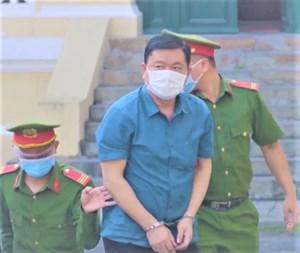 Cựu Bộ trưởng Đinh La Thăng tự bào chữa, phủ nhận quan điểm luận tội