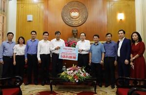 Gần 320 tỷ đồng ủng hộ đồng bào các tỉnh miền Trung