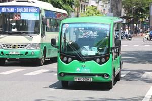Có nên bổ sung xe buýt mini?