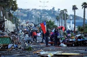 Chile hứng chịu 2 trận động đất liên tiếp, nguy cơ có sóng thần