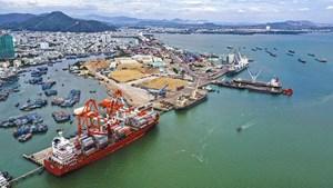 Đầu tư cho cảng biển