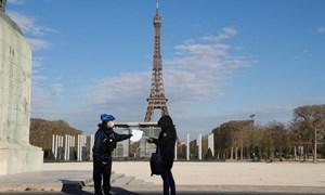 Nước Pháp phong tỏa Thủ đô Paris