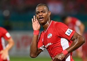 Hà Nội FC lại mất tiền đạo sau khi Hùng Dũng gẫy chân