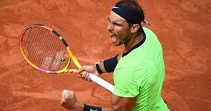 Nadal đối đầu với Djokovic tại bán kết Roland Garros