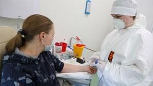 Vaccine ngừa Covid-19 nóng từng ngày
