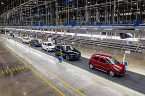 Doanh nghiệp sản xuất ôtô trong nước được lùi 5 tháng nộp thuế tiêu thụ đặc biệt