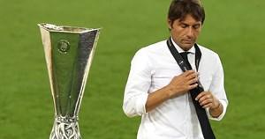 Inter Milan thua Sevilla, HLV Conte thừa nhận nguy cơ bị sa thải