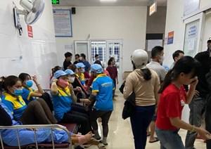 Nhiều công nhân nhập viện nghi ngộ độc