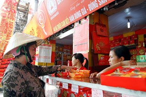 Thị trường bánh Trung thu: Cẩn trọng với các sản phẩm giá rẻ