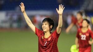 Hai tuyển thủ nữ Việt Nam được mời sang Bồ Đào Nha chơi bóng