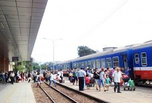Ngành Đường sắt giảm sâu giá vé đi các tỉnh miền Trung