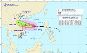 Đêm nay, bão số 13 mạnh thêm 1 cấp, chỉ cách Hoàng Sa 190 km