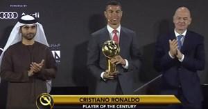 Đánh bại Messi, C.Ronaldo giành giải Cầu thủ xuất sắc nhất thế kỷ
