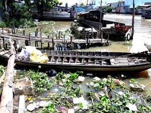 Đau đầu với rác thải nông thôn và rác thải chợ