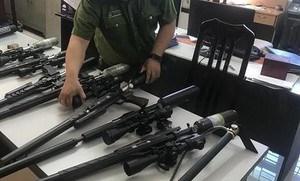 Triệt phá đường dây nhập lậu, mua bán linh kiện súng săn