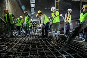 [VIDEO] Xuyên đêm để hợp long các khớp nối bản trung chuyển nhà ga ngầm S9