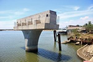 Quảng Nam: Hơn 3 năm chưa xây xong một cây cầu